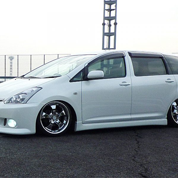 TOYOTA WISH + SHALLEN CX